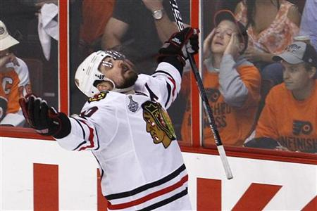 Chicago Blackhawks Sharp celebrates his goal in Game 6 of the NHL Stanley Cup final hockey series against the Philadelphia Flyers in Philade