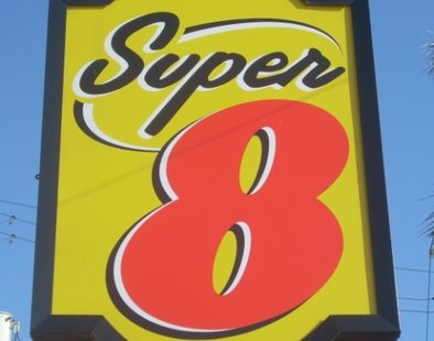 A Super 8 motel sign