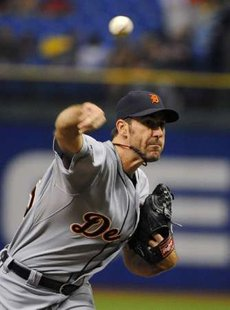 Detroit Tigers pitcher Justin Verlander delivers to the Tampa Bay Rays during the second inning of their MLB baseball game in St. Petersburg, Florida August, 22 2011. REUTERS