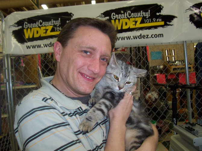 Lee Peek with another furry friend at Caged for Critters part 2 2007