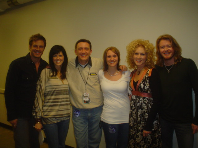 Lee Peek and Nikki Montgomery with Little Big Town at the Grand Theater 2007