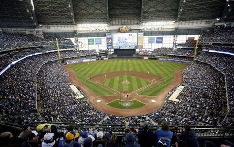A sold-out crowd at Miller Park in Milwaukee, WI (Reuters)