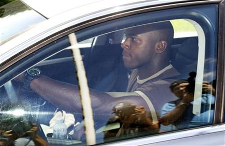 New York Giants linebacker Jonathan Goff drives into the Giants training facility in East Rutherford
