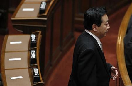 Japanese PM Noda arrives for an opening ceremony of the extraordinary session of parliament in Tokyo