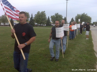Union workers at Oshkosh Corporation are holding an informational picket at the company's three Oshkosh facilities, Tuesday, September 20, 2011. (courtesy of FOX 11).