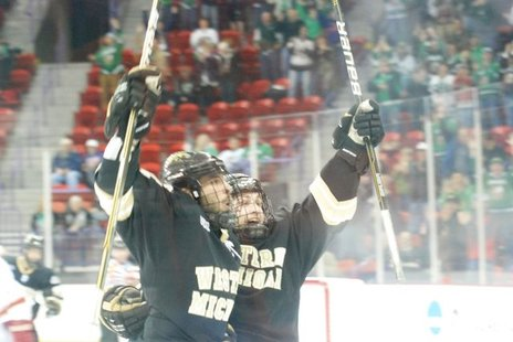 WMU Hockey will begin 2011 ranked 13th.