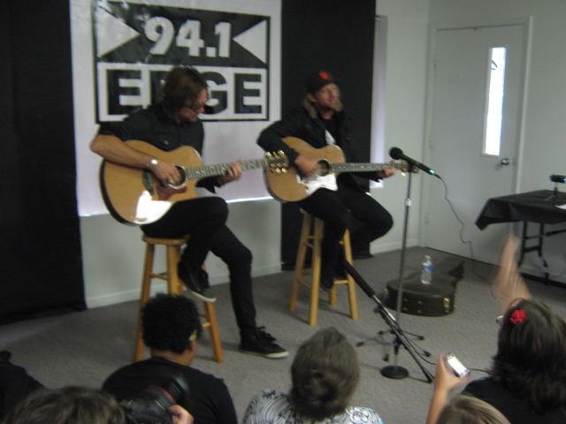 Switchfoot Performs at 'Edge Live'