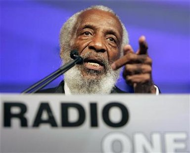 Dick Gregory speaks at 25th Anniversary Gala of Radio One in Washington