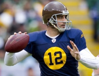Aaron Rodgers in a Green Bay Packers throwback uniform (Reuters)
