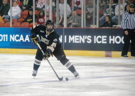Shane Berschbach skates against Colorado in 2010