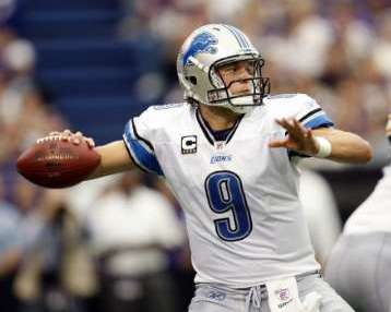 Detroit Lions QB Matthew Stafford in road action. REUTERS/Eric Miller