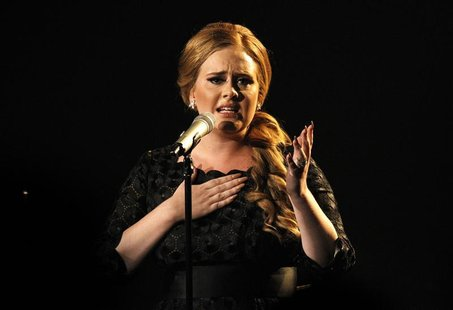 "Adele performs ""Someone Like You"" at the 2011 MTV Video Music Awards in Los Angeles"
