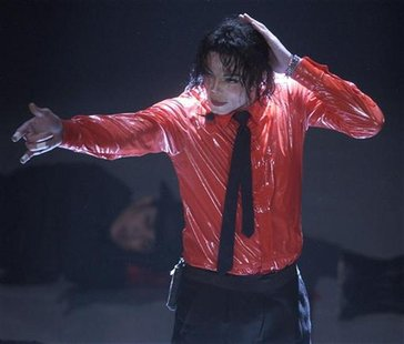 "MICHAEL JACKSON PERFORMS AT ""AMERICAN BANDSTAND'S 50TH...A CELEBRATION"" TAPING."