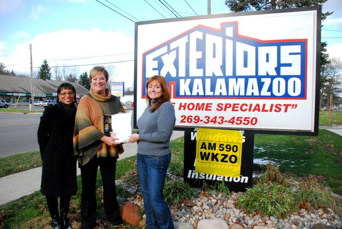The Potluck Pals come out in full force to Exteriors of Kalamazoo to benefit the Kalamazoo Gospel Mission.  The Pals raised $2351, including a whopping $1116 contribution from the folks at Biggs-Gilmore!