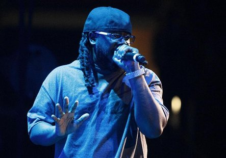 Singer T-Pain performs in concert during the F.A.M.E. Tour in Los Angeles