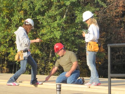 DC Everest high school construction students help build a house for Habitat for Humanity