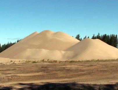 A pile of frac sand