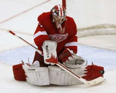 Detroit Red Wings goalie Jimmy Howard  REUTERS/Rebecca Cook