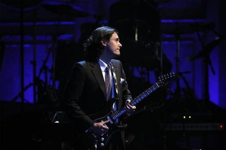 Singer John Mayer performs during the 2011 Rock and Roll Hall of Fame induction ceremony at the Waldorf Astoria Hotel in New York