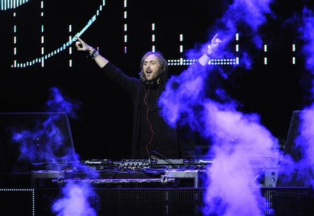 David Guetta performs at the 102.7 KIIS FM's Jingle Ball 2011 in Los Angeles