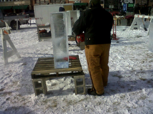 Chainsaw ice carving
