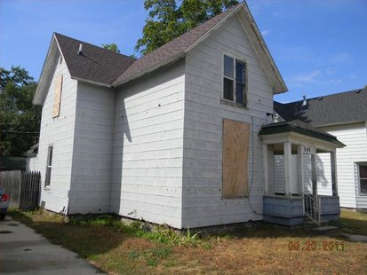 Foreclosed home at 342 S. River Ave., Holland