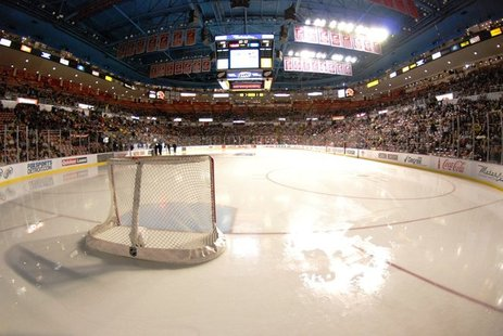 Western Michigan and Miami play at Joe Louis Arena today in the CCHA semi-finals