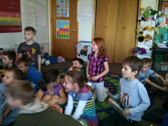 After pizza- the students read to Craig, Justin and the class.