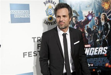 "Actor Mark Ruffalo arrives at the screening of the film ""Marvel's The Avengers"" for the closing night of the 2012 Tribeca Film Festival in N"