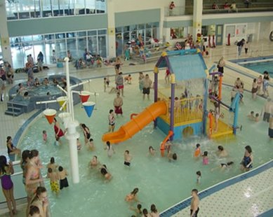 Activity at the Holland Community Aquatic Center (photo courtesy Holland Community Aquatic Center)