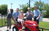 Big-Mo 2012 Toro Lawn Tractor Giveaway 12