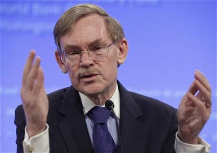 World Bank President Robert Zoellick speaks at an opening news conference of the spring International Monetary Fund (IMF)-World Bank meeting