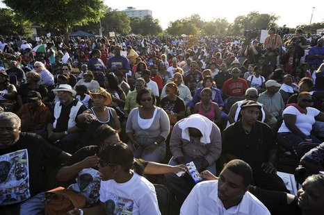 An estimated eight-thousand people showed up for a public rally to honor the memory of Trayvon Martin, at Fort Mellon Park in Sanford, Flori