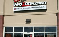 On Location At Pearce Wireless - Verizon - In Sheboygan 7