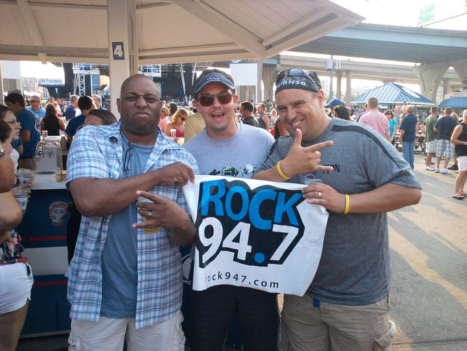 Rock 94.7 fans ready for the Foo Fighters show