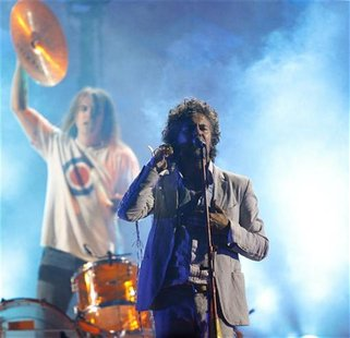 Wayne Coyne of The Flaming Lips performs at the taping of the third annual VH1 Rock Honors: The Who concert in Los Angeles July 12, 2008. RE