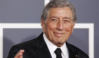 Tony Bennett arrives at the 54th annual Grammy Awards in Los Angeles, California February 12, 2012. REUTERS/Danny Moloshok
