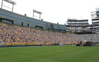 WNFL Photo Coverage :: Packers Shareholder Meeting 2012: Cover Image