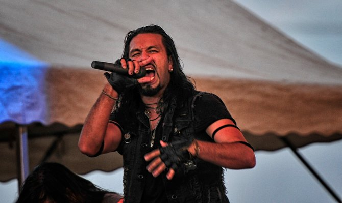 Pop Evil jammin'!!