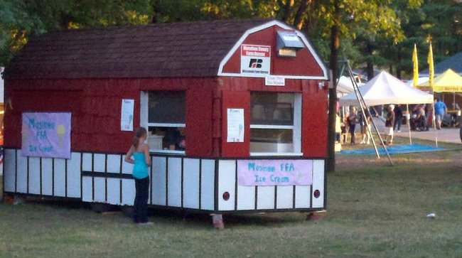 Ice cream stand at the 2012 Mosinee Log Jam.