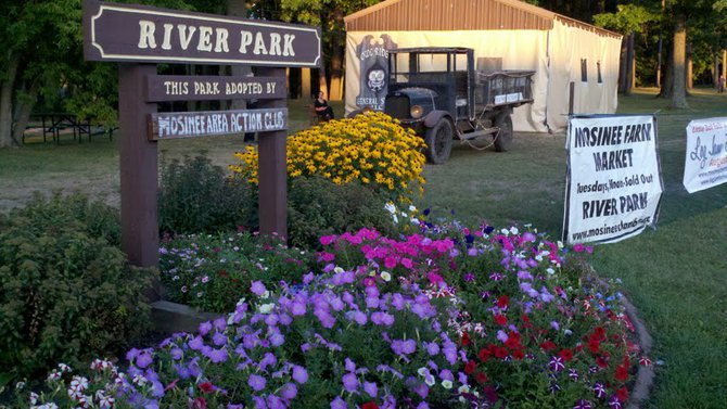 The entrance to River Park in Mosinee at the 2012 Mosinee Log Jam.