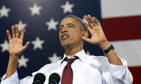U.S. President Barack Obama speaks at a campaign event at Windham High School in Windham, New Hampshire August 18, 2012. REUTERS/Kevin Lamar