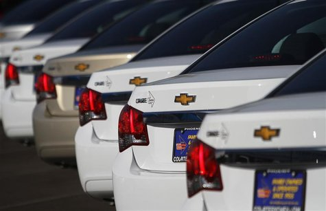Chevrolet Cruze vehicles are displayed at Courtesy Chevrolet dealership in Phoenix, Arizona, January 4, 2011. REUTERS/Joshua Lott