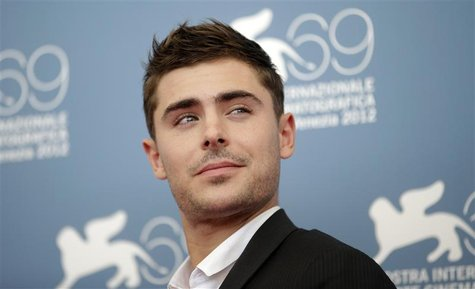 "U.S. actor Zac Efron poses during the photocall of the movie ""At Any Price"" at the 69th Venice Film Festival in Venice August 31, 2012. REUT"