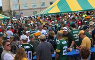 Y100 Tailgate Party at Brett Favre's Steakhouse :: Packers vs. 49ers 15