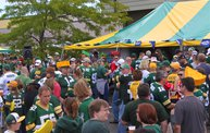 Y100 Tailgate Party at Brett Favre's Steakhouse :: Packers vs. 49ers 14