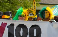 Y100 Tailgate Party at Brett Favre's Steakhouse :: Packers vs. 49ers 20