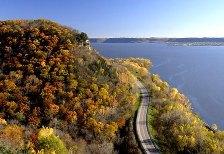 Mississippi River in Wisconsin (courtesy of Travel Wisconsin.com)