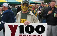 Y100 Tailgate Party at Brett Favre's Steakhouse :: Packers vs. Bears 7