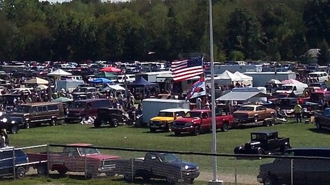 This is the area in front of the grand stand, which was part campgrounds, part car show and parts swap meet.